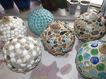 garden globes, crafts, mason jars, After a few weeks of researching and shopping for the cheapest and best choice of grout I found a bag for 2 at the Habitat Restore Messy job for indoors but snow outside made me do it in a large tub on my kitchen table