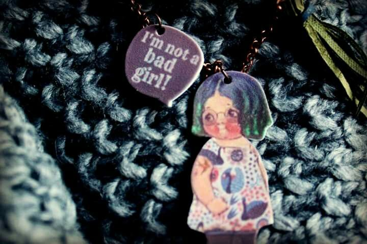 Modern paper dolls with pastel hair and tattoo by La Bottega di Zanzu.  New necklace!