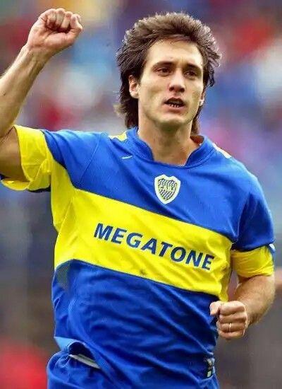 Guillermo Barros SCHELOTTO; 1991–1997Gimnasia La Plata ARG, 1997–2007 BOCA JUNIORS ARG, 2007–2010 Columbus Crew USA, 2011 Gimnasia La Plata ARG