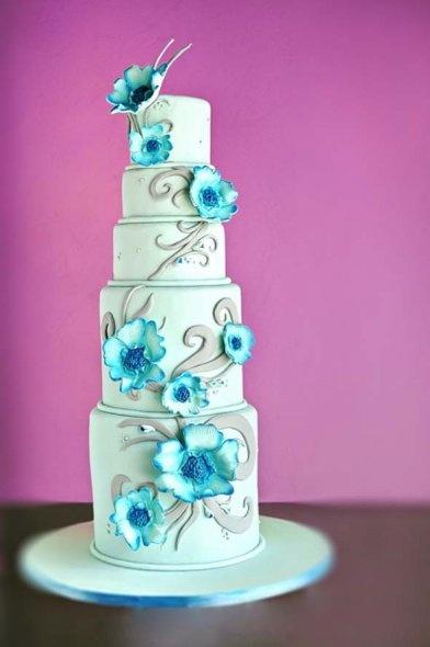 Love the big blue flowers!