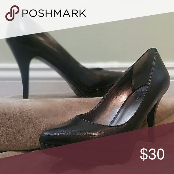 Nine West Heels! Black Nine West Heels in Great Condition! No marks or scuffs! Only worn once! Nine West Shoes Heels