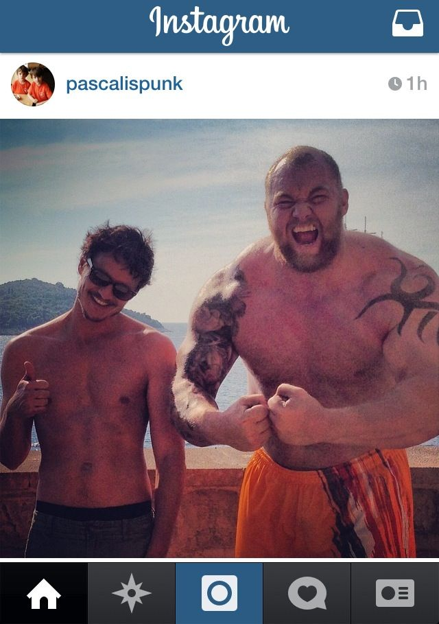 Pablo Pascal's Instagram photo with Hafthor Julius Bjornsson during Game of Thrones, Season 4 finale shoot.