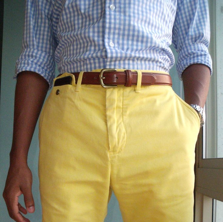 yellow chinosColors Pants, Summer Style, Yellow Pants, Men Style, Colors Combinations, Pastel Colors, Blue Gingham, Summer Colors, Bright Colors
