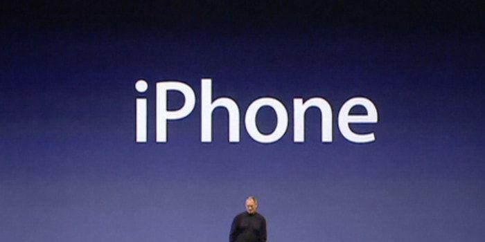 El iPhone 10 años de historia con la presentación de Steve Jobs y Apple https://iphonedigital.com/historia-iphone-9-enero-2007-steve-jobs-apple/ #apple