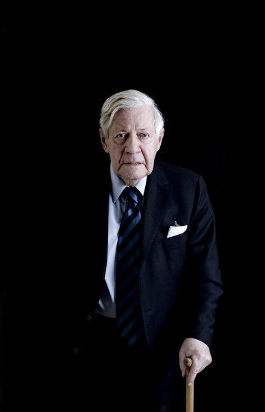 Altkanzler: Helmut Schmidt 1918-2015
