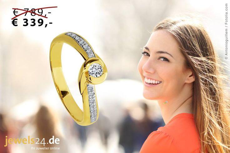 Modischer Gelbgold-Ring im 15 Brillanten – das Accessoire für den Sommer 2016. Feiner Diamantring aus 585/- (14 Karat) Gelbgold in geschwungener Form gearbeitet und besetzt mit insgesamt 15 weißen Diamanten (ca. 0,20 Carat) in der Reinheit Piqué1.  Weiteren Diamantschmuck finden Sie unter www.jewels24.de - Ihren Hersteller direkt aus Deutschland. Diamantschmuck made in Idar Oberstein. #Diamantschmuck #Diamantring #Gelbgold #Oberstein