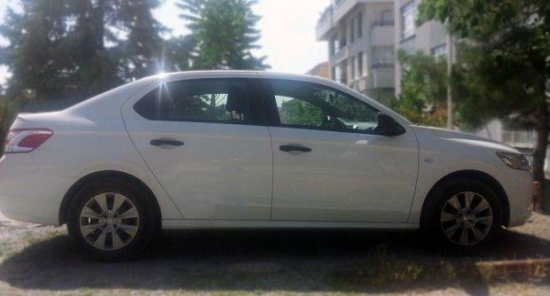 Peugeot tarafından üretilen Peugeot 301 model aracı kiralık araç filomuzda sizi bekliyor.