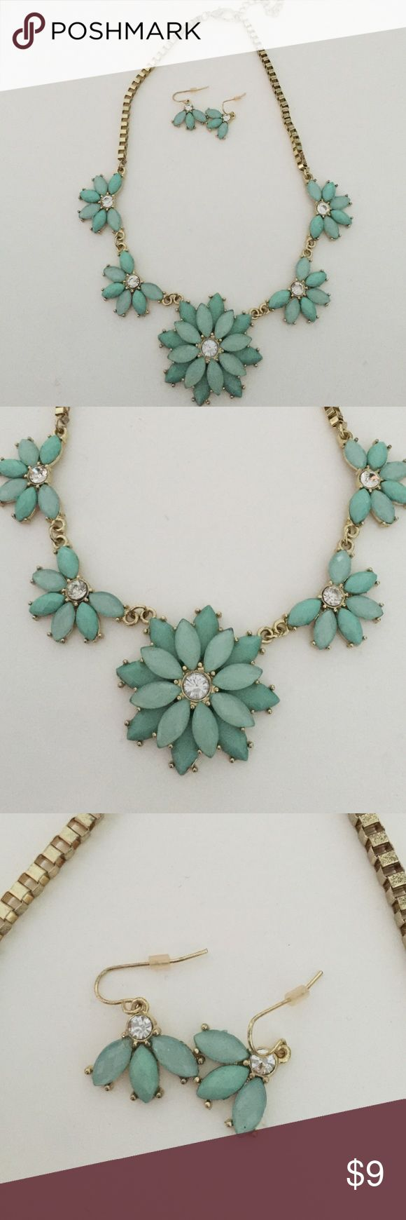 Charming Charlie's accent necklace and earring set Never worn Charming Charlie's accent necklace and earring set. Perfect for any night out. A beautiful turquoise color Charming Charlie Jewelry Necklaces