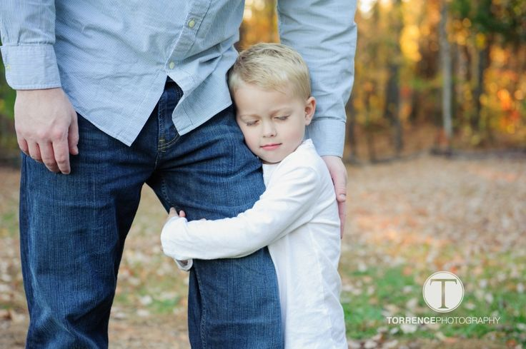 Perfect shot of a daddy and a little boy!   http://www.torrencephotography.com