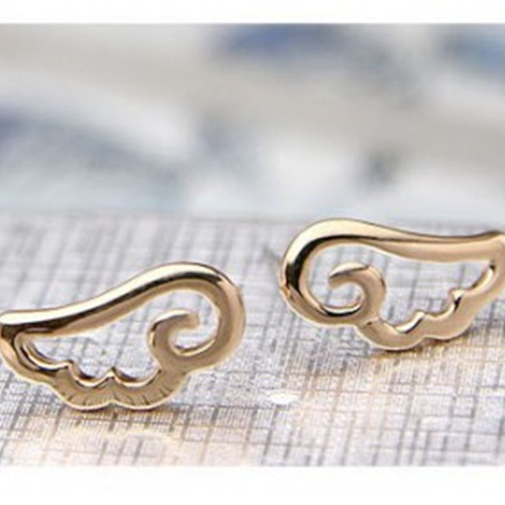New Korean fashion wholesale simple sweet delicate angel wings earrings