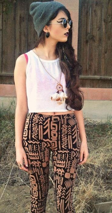 tribal print pants...or leggings? I still love this look.