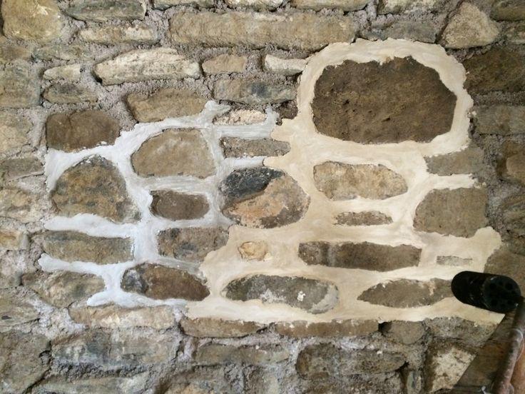 Mintákat készített a fugázáshoz Jani bá' a kőművesünk. Tetszik a világosszürke és a sárgásabb is. De nehéz dönteni...
