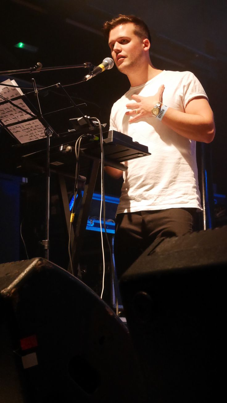 Harry McVeigh from White Lies on stage at #UnpluggedForAutism. #autism #charity #music #rock #gig
