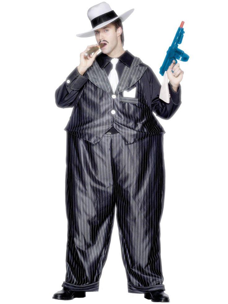 Déguisement gangster  charleston homme : Ce déguisement de gangster imposant pour homme se compose d'un chapeau blancassez risible, d'une veste chemise avec cravate blanche, et d'un pantalon élargi au niveau de la taille pour un effet...