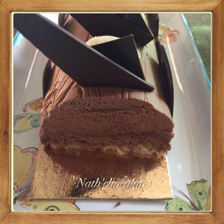 Bûche chocolat et son croustillant praliné