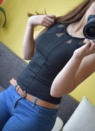 Kup mój przedmiot na #vintedpl http://www.vinted.pl/damska-odziez/bluzki-bez-rekawow/13743320-krotka-sexy-bluzeczka-z-siateczka