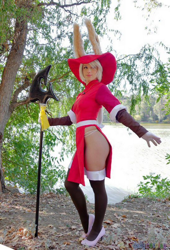 Cosplay babes final fantasy babe cums bigcamsnet - 4 1