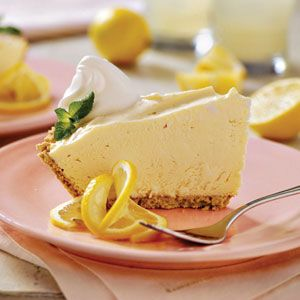 Southern Living's Lemonade Pie.Desserts, Frozen Lemonade, Cream Pies, Pies Recipe, Sweets Treats, Lemonade Pies, Food, Graham Crackers, Creamy Lemonade