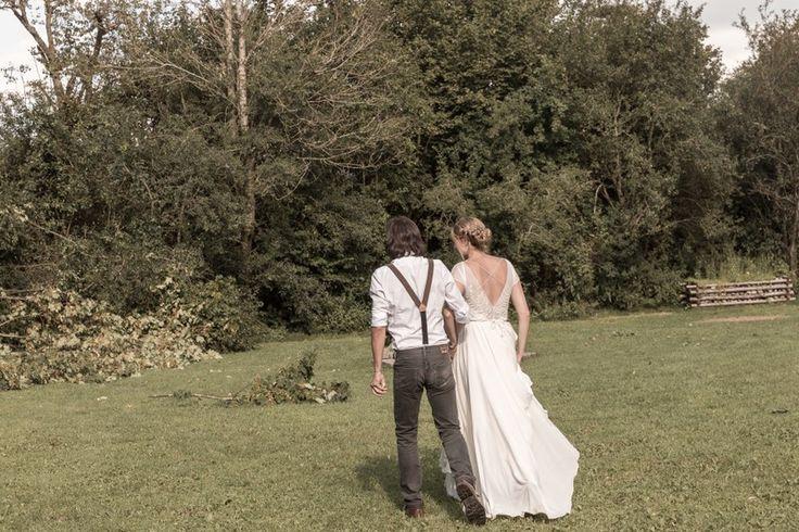 Wunderschönes Hochzeitskleid von Alex Veil / bestickt / vintage / freier Rücken