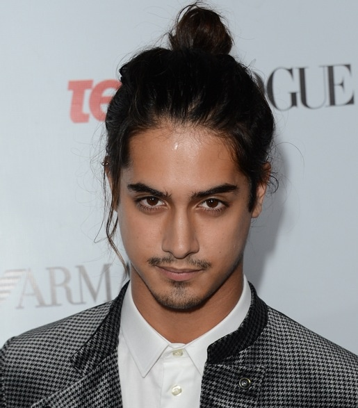 i m just really digging man buns guys with long hair and