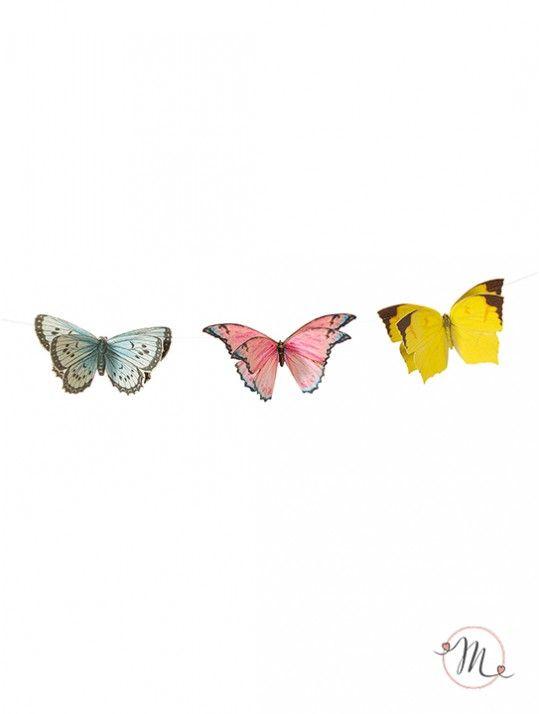 Ghirlanda farfalle romantic. Ghirlanda composta da 12 pezzi di  farfalle colorate con doppie ali per un effetto super svolazzante. In #promozione #matrimonio #weddingday #wedding #ricevimento #insegne #decorazioni #luci #banner #illuminatedsigns #decorations #lights #justmarried #mrandmrs #lurex #ghirlanda #farfalle #schmetterlinge #mariposas #butterflies #papillons