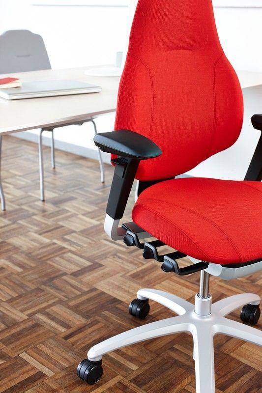 RH Mereo - A Scandinavian sensation designed for you #InspireGreatWork #Scandinavian #design #chair #ergonomics