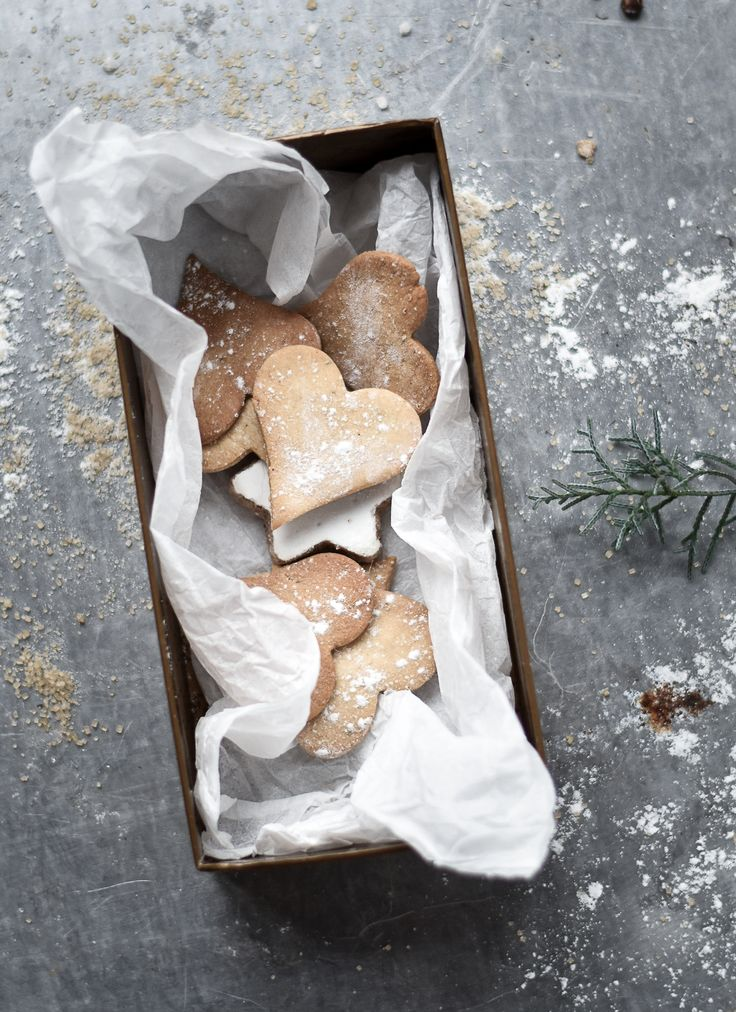 Passion Shake | Swedish Gingerbread Cookies | http://passionshake.com