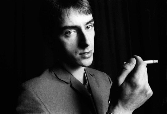 Paul Weller at Solid Bond Studios, London, 1982, just before The Jam split. Photographed by Tom Sheehan.