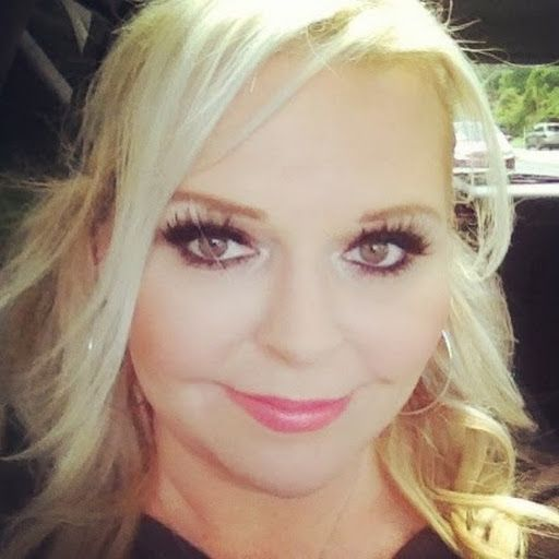 This is a blog for Weight Watcher Girl who has lost over 145 lbs on Weight Watchers. She posts videos on YouTube and has great ideas for staying on plan.