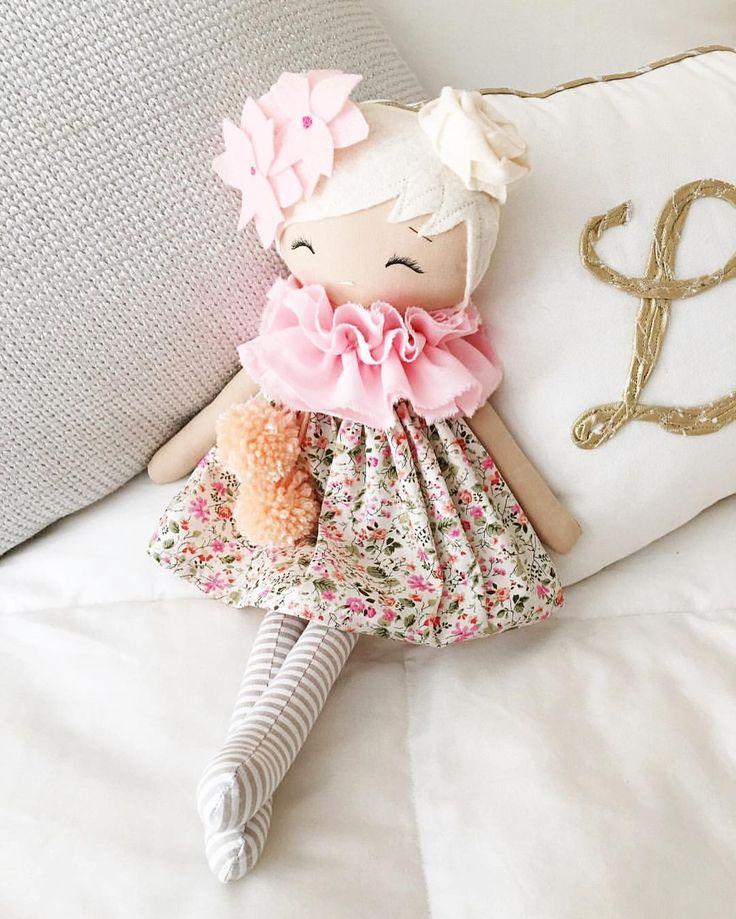 "SpunCandy Handmade Doll  178 Likes, 2 Comments - SpunCandy Dolls ~ Omaha, NE (@spuncandydolls) on Instagram: ""THE prettiest custom order having her picture taken today  Love her soft colors. #spuncandydolls…"""