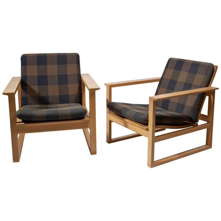 Børge Mogensen, Pair of Oak Armchairs for Fredericia Stole Fabrik, 1956 For Sale