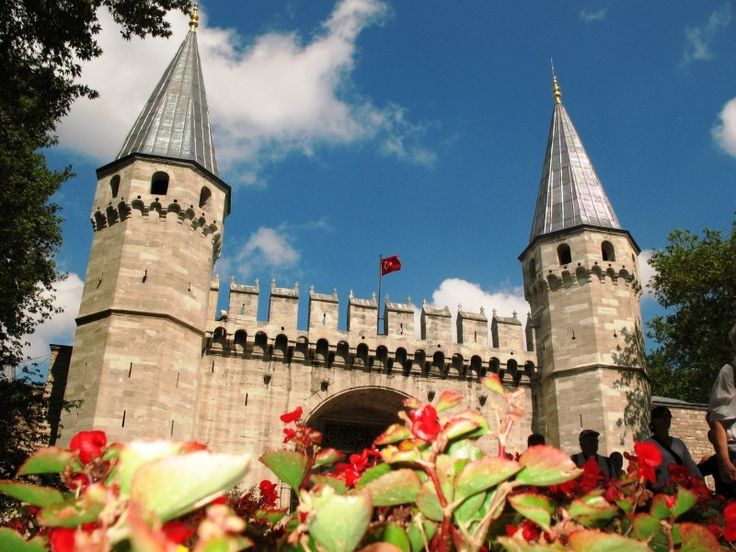 The Topkapı Palace (Turkish: Topkapı Sarayı) is a large palace in Istanbul, Turkey, that was the primary residence of the Ottoman sultans for approximately 400 years (1465–1856) of their 624-year reign.