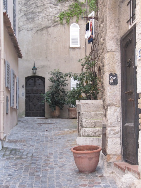 summer in Provence from French by design