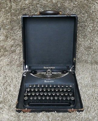 *** Sold *** | Remington Remette | Antique Portable Typewriter | New York USA 1930s | 🔶 Buy it Now or Make an Offer! | Worldwide Shipping ✔ FREE Shipping to 12 Countries in Europe | ♦mad-mouse.com | 🐭 #MadMouseAntiques | #ebay #ebayshop #typewriter #typewriting #remington #writing #schreibmaschine #officedecor #design #home #homedecor #homesweethome #homedesign #homestyling