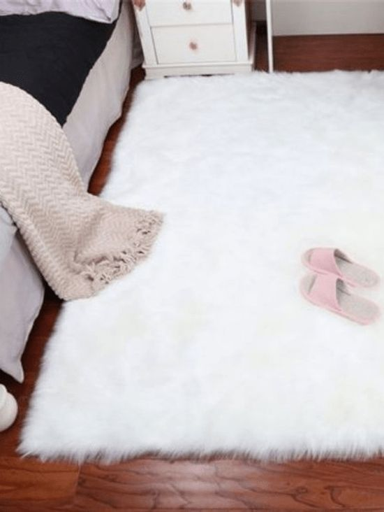 Dorm Room Rugs: 10 Adorable Dorm Rugs You'll Want In Your Room