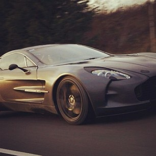 The stunning Aston Martin One-77! Beautiful!