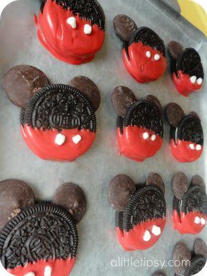 Easy Mickey Oreos