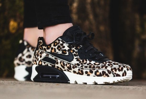So today we brought you a new Nike Air Max 90 silhouette designed in an animal print colorway or to be more precise �The leopard print colorway�.