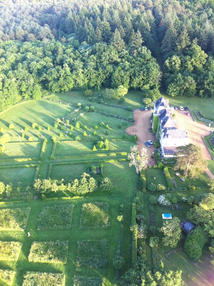 Les #jardins du #chateau de Chambiers se dessinent :) N'est ce pas magnifique ?  http://www.chateauchambiers.com/home/localisation-itineraires-maison-hotes-durtal-angers/