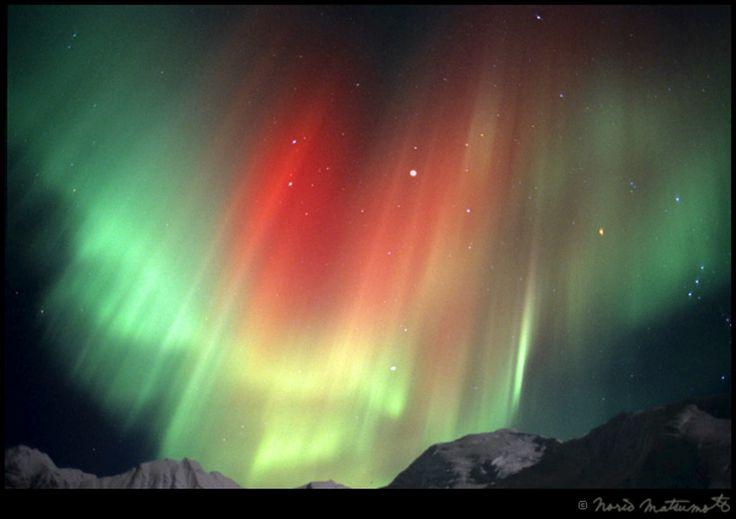 Северное сияние Aurora Borealis (автор Норио Мацумото)