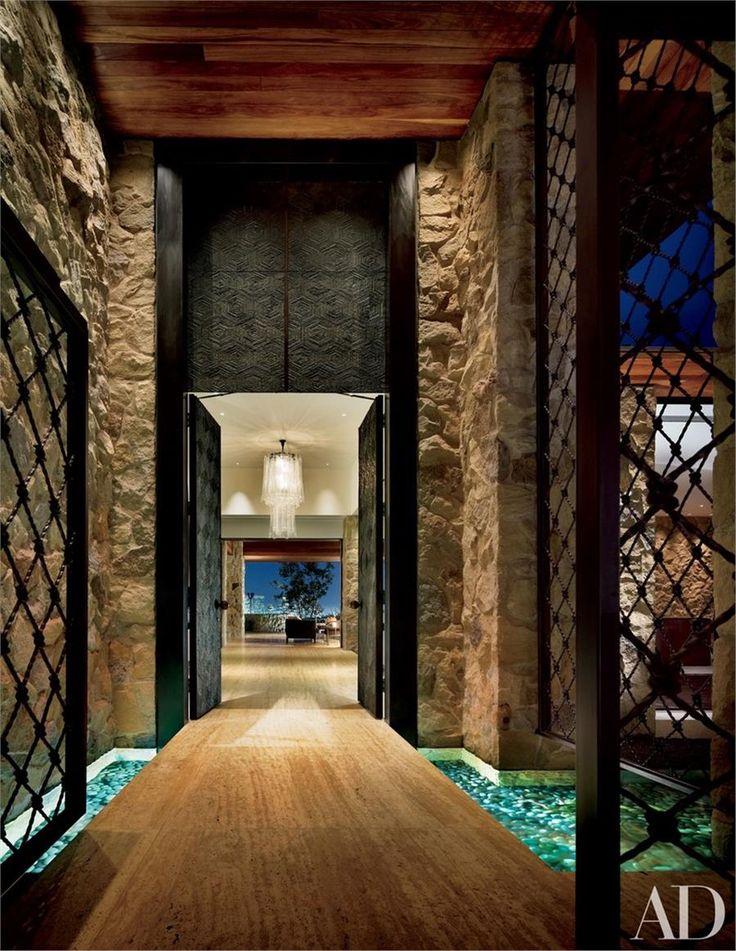 Στο υπέροχο σπίτι της Τζένιφερ Άνιστον στο Μπέβερλι Χιλς! - Imommy