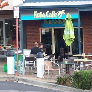 Kuta Cafe.  If you are ever in Cowes, this great little cafe serves the BEST coffee in town.