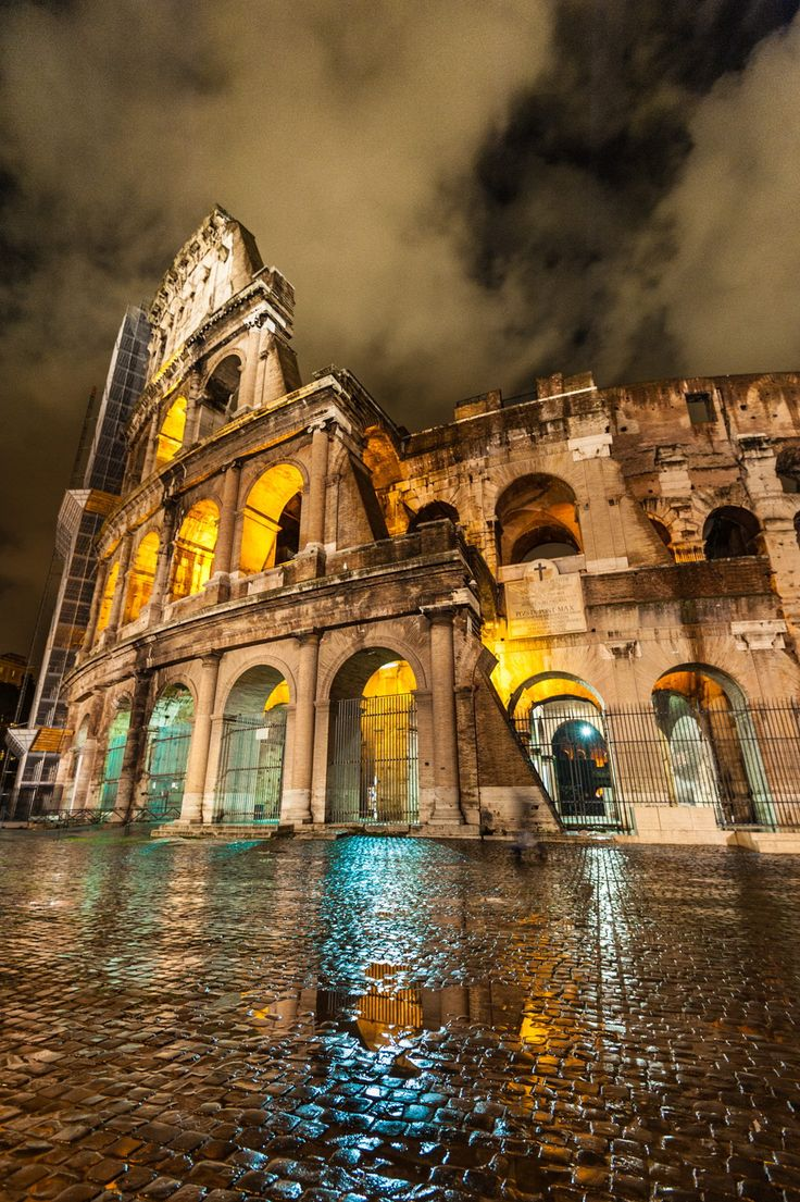 The Colosseum at Night - Rome - Italy. This is one of my favorite cities in all the world, and this is one of my favorite buildings...