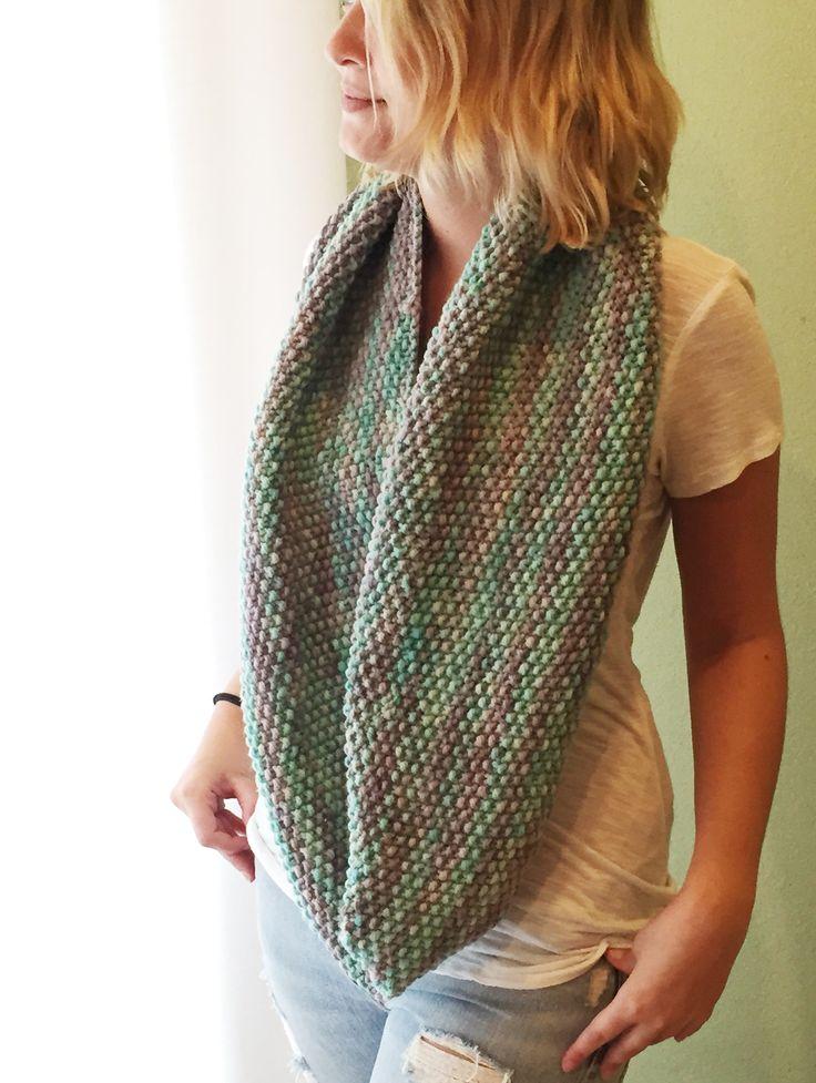 Knitting Scarves Pattern : Seed stitch infinity scarf free pattern knitting