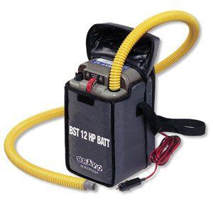 Лодочный электронасос Bravo BST12 HP Batt (6130221)  Эффективный лодочный электронасос с питанием 12V, производительностью 450 л/мин. и выставляемым до значения 800 мБар давлением, со встроенным аккумулятором ёмкостью 7 А/ч (аккумулятор не входит в комлектацию). Аккумулятор может быть заряжен от сети 220 V с помощью ЗУ (приобретаются дополнительно). Электронасос Bravo BST12 HP Batt комплектуется ЗУ с разъёмом под прикуриватель, набором переходников и сумкой для переноски. Размеры: 18 х 18 х…