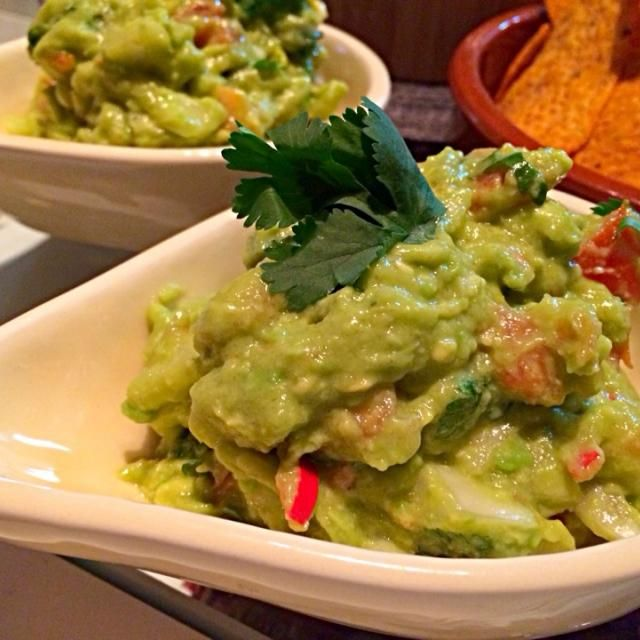 レシピとお料理がひらめくSnapDish - 16件のもぐもぐ - Guacamole メキシコ人の友人直伝 ワカモレ by chocolatte