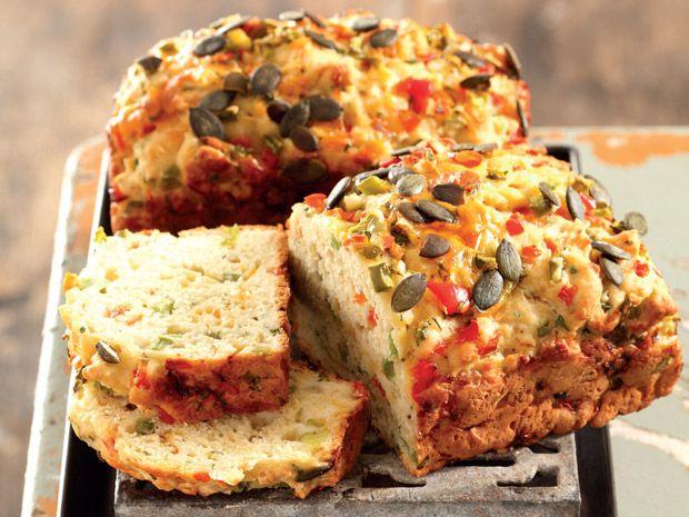 Uit die Huisgenoot kombuis: Uie-en-soetrissiebrood