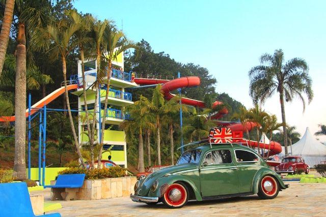 Magic City promove 5º Encontro de Carros Antigos durante Dia dos Pais. A exposição, desta vez em parceria com o Fusca Clube Magrão, conta com mais de 100 carros