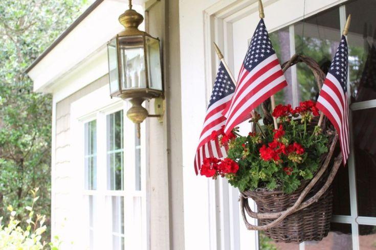 front door arrangement for 4th of July