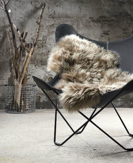 Top 25+ Best Sheepskin Rug Ideas On Pinterest